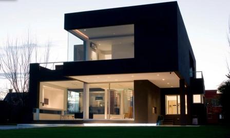 remy-black-house